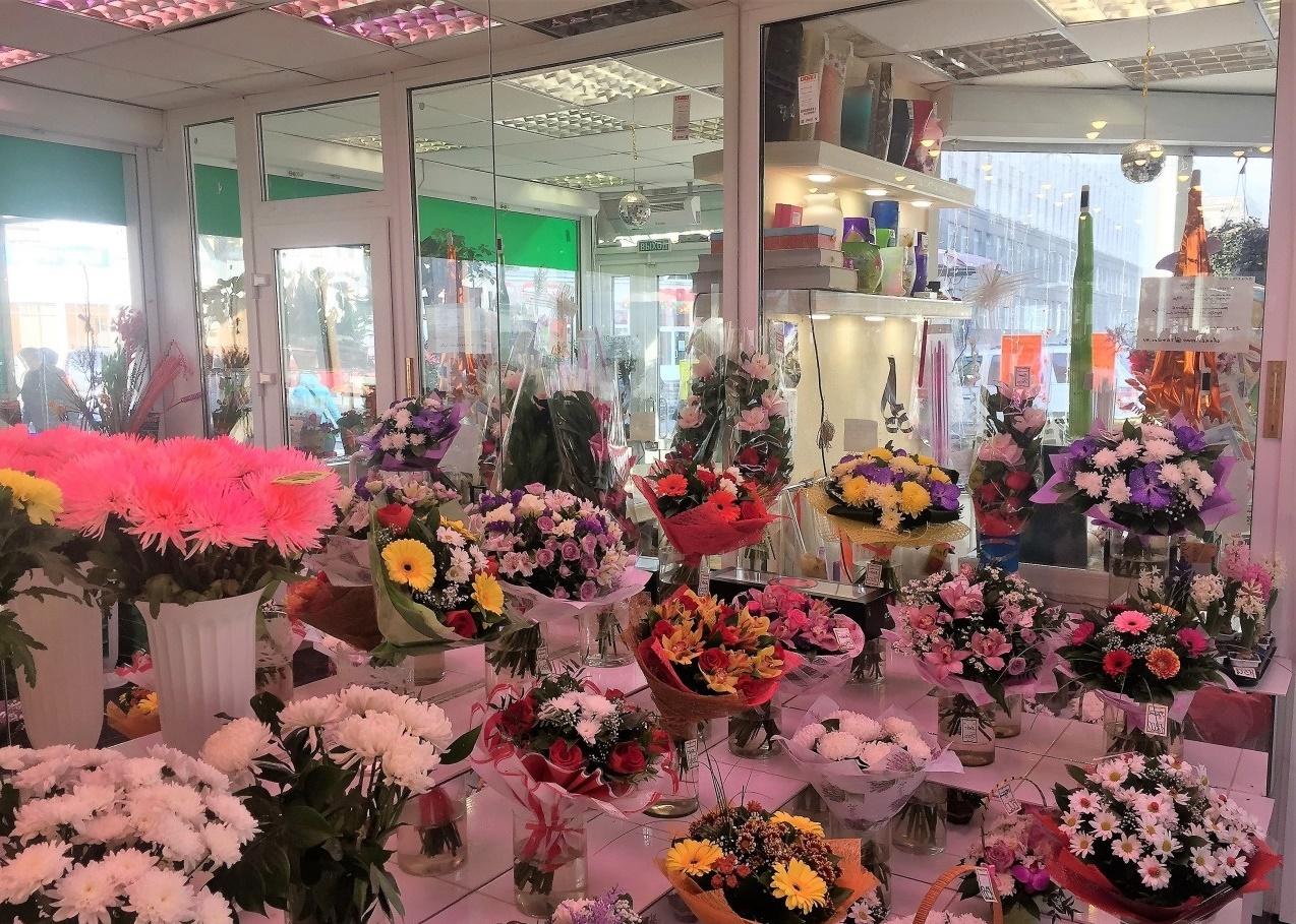 Продажа бизнеса в санкт-петербурге цветочный салон свежие вакансии дежурного администратора в учреждение пенсионерам москве